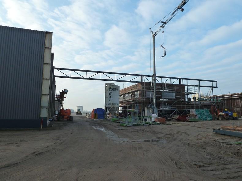 Nieuwbouw industriehal met kantoor